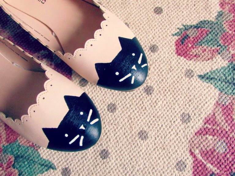DIY: Pretty Kitty Pumps