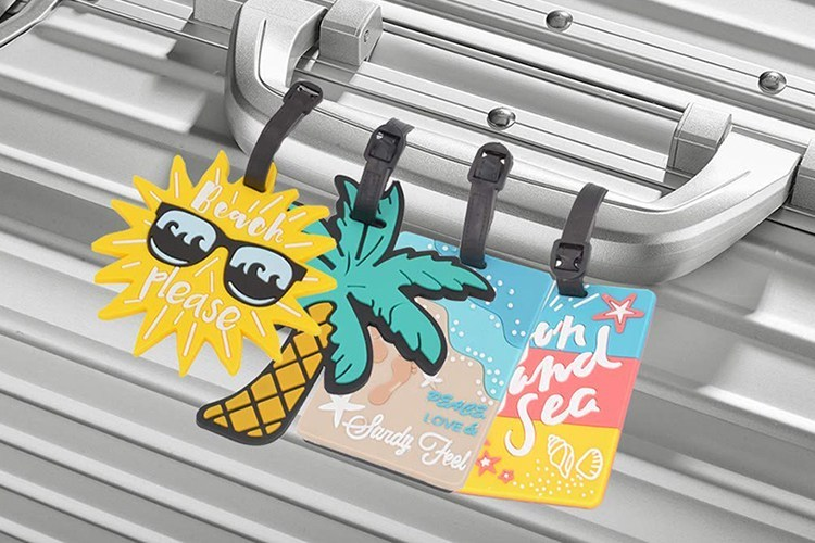 Important Reasons Why You Need Custom Luggage Tags